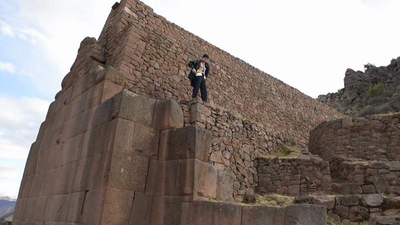 Vogue Mexico / Cuzco / Javier Falcón