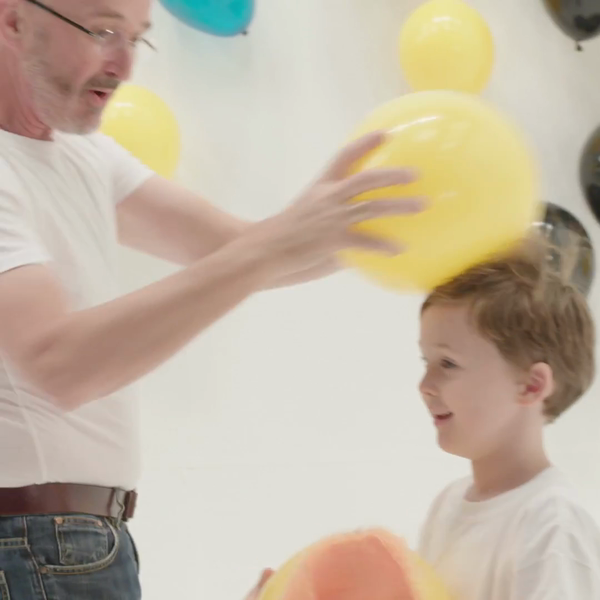New GUINNESS WORLD RECORDS™ title features fun with static electricity