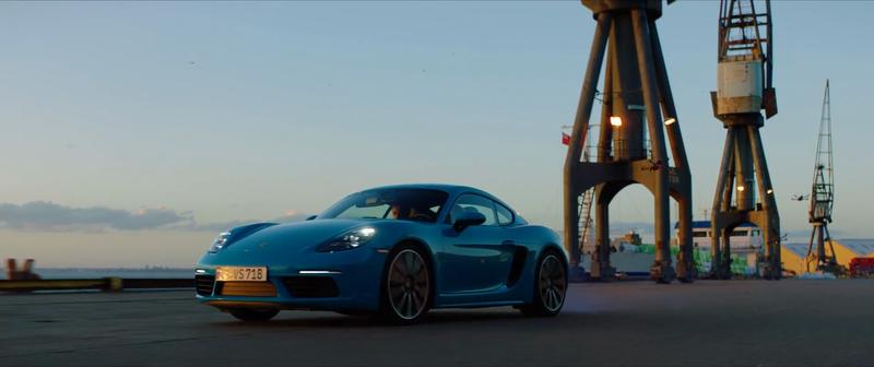 Porsche vs Drone