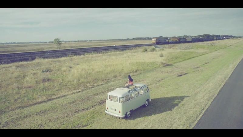 """Road Movie"" Vivo"