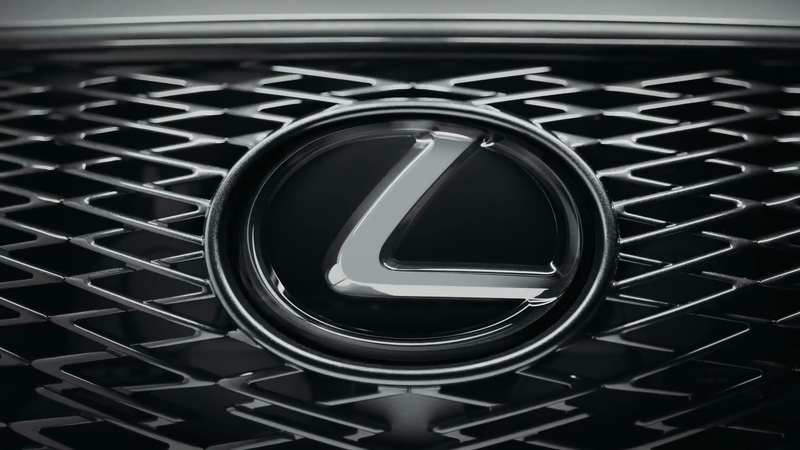 Lexus | Valley of the Boom