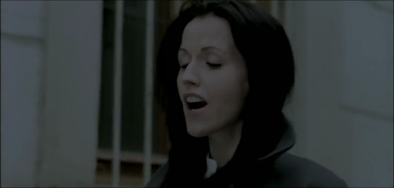 DOLORES O`RIORDAN - Ordinary Day