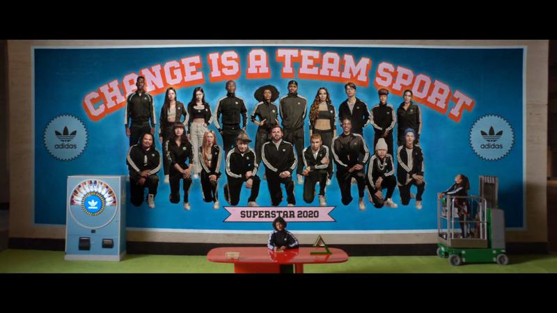 Adidas Superstar - Change is a Team Sport